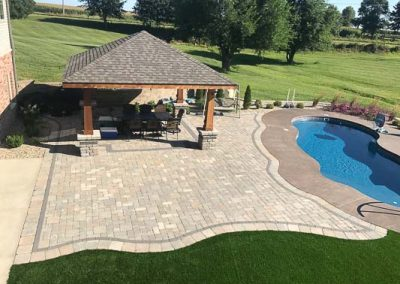 Knobhill_Paver_Patios-100