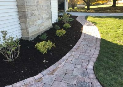 Knobhill_Paver_Patios-108