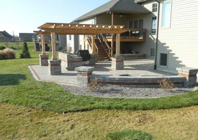 Knobhill_Paver_Patios-31