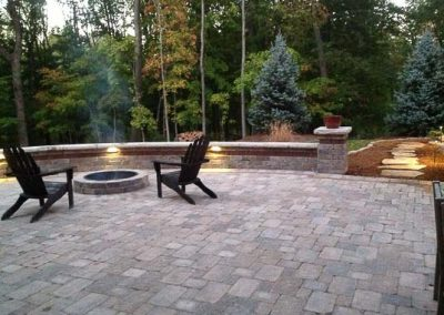 Knobhill_Paver_Patios-36