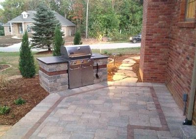 Knobhill_Paver_Patios-37