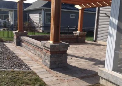 Knobhill_Paver_Patios-39