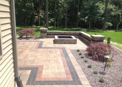 Knobhill_Paver_Patios-44