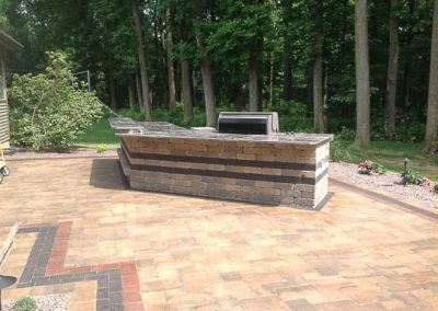 Knobhill_Paver_Patios-46