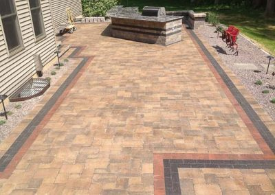 Knobhill_Paver_Patios-48