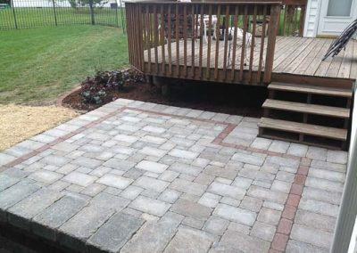 Knobhill_Paver_Patios-50