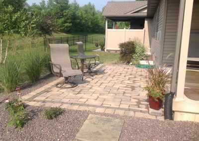 Knobhill_Paver_Patios-56