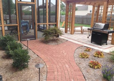 Knobhill_Paver_Patios-59