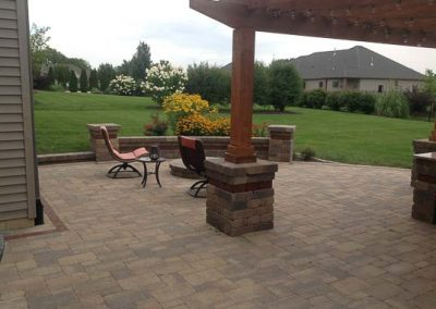 Knobhill_Paver_Patios-60