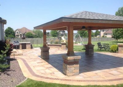 Knobhill_Paver_Patios-65