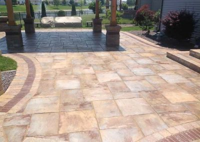 Knobhill_Paver_Patios-69