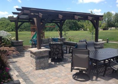 Knobhill_Paver_Patios-76