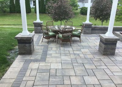 Knobhill_Paver_Patios-84
