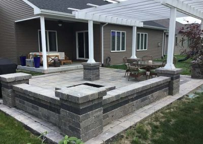 Knobhill_Paver_Patios-87
