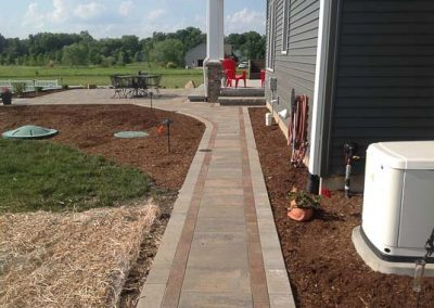 Knobhill_Paver_Patios-91