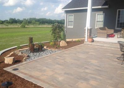 Knobhill_Paver_Patios-94