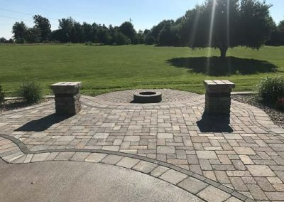 Knobhill_Paver_Patios-99