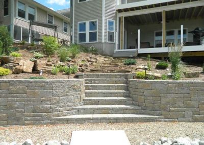 Knobhill_Retaining_Walls-16