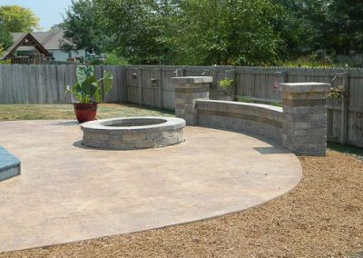 Knobhill_Seating_Walls-29